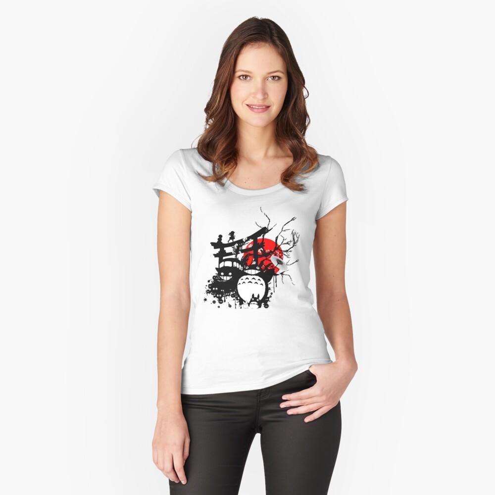 Espíritus de Japón Camiseta entallada de cuello ancho