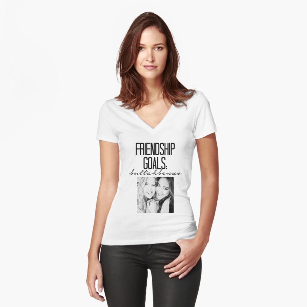 Freundschaftsziele; ButtahBenzo Tailliertes T-Shirt mit V-Ausschnitt