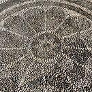 Shiny pebbles: rosette (Enderûn Avlusu in Topkapı Sarayı) by Marjolein Katsma