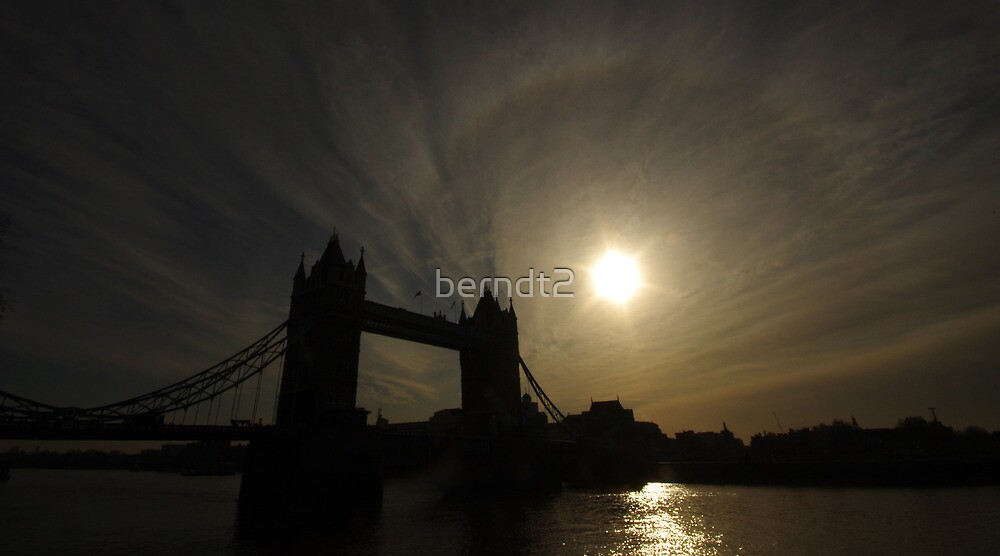 Tower Bridge Silhouette, London by berndt2