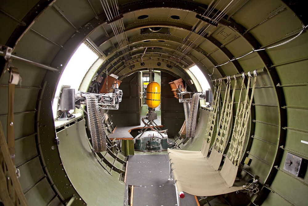 Waist guns of a B-17 Flying Fortress by bleriger