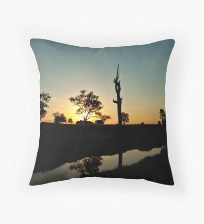 australiana twilight #1 Throw Pillow