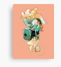 Thumbelina - Peach Canvas Print
