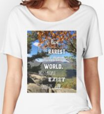To live is Rare Women's Relaxed Fit T-Shirt
