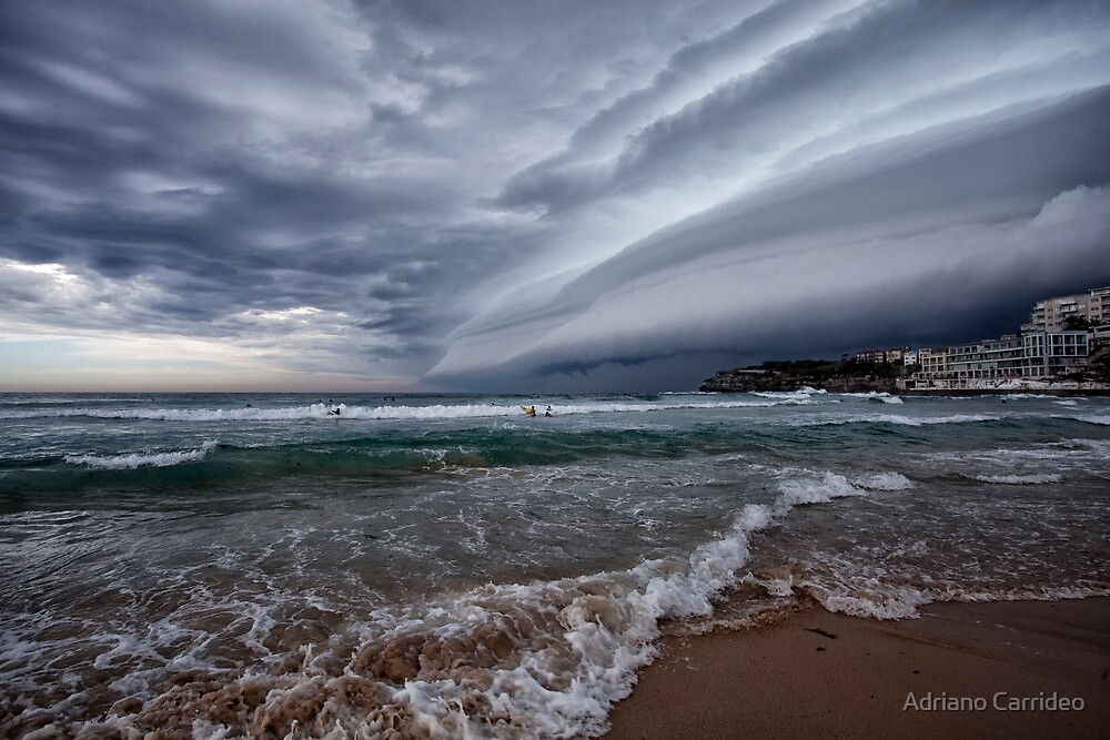 Storm coming by Adriano Carrideo