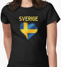 Sverige - Swedish Flag Heart & Text - Metallic T-Shirt