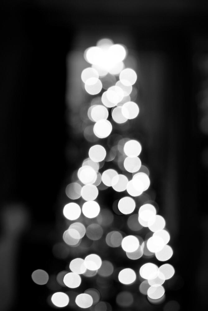 O' Christmas Tree by carlitanichole