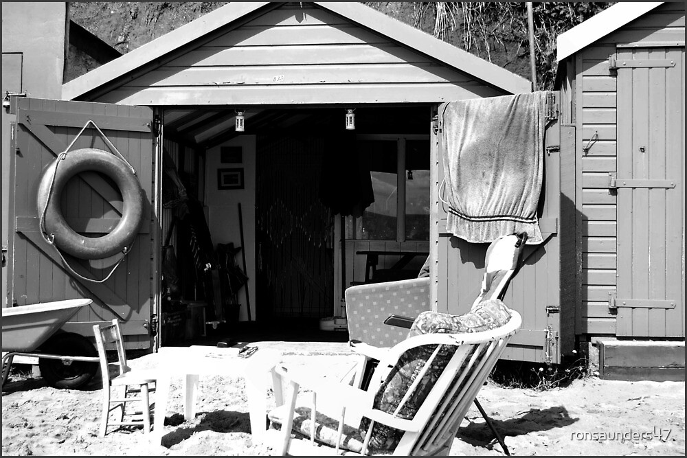 THE SEA-SIDE BEACH HUT. by ronsaunders47