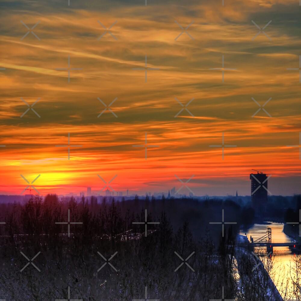 Sunset over Leiden by Tom Gomez