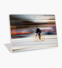 Cyclist in motion Laptop Skin