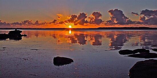 Sunrise on Tuggerah Lake. by Julie  White