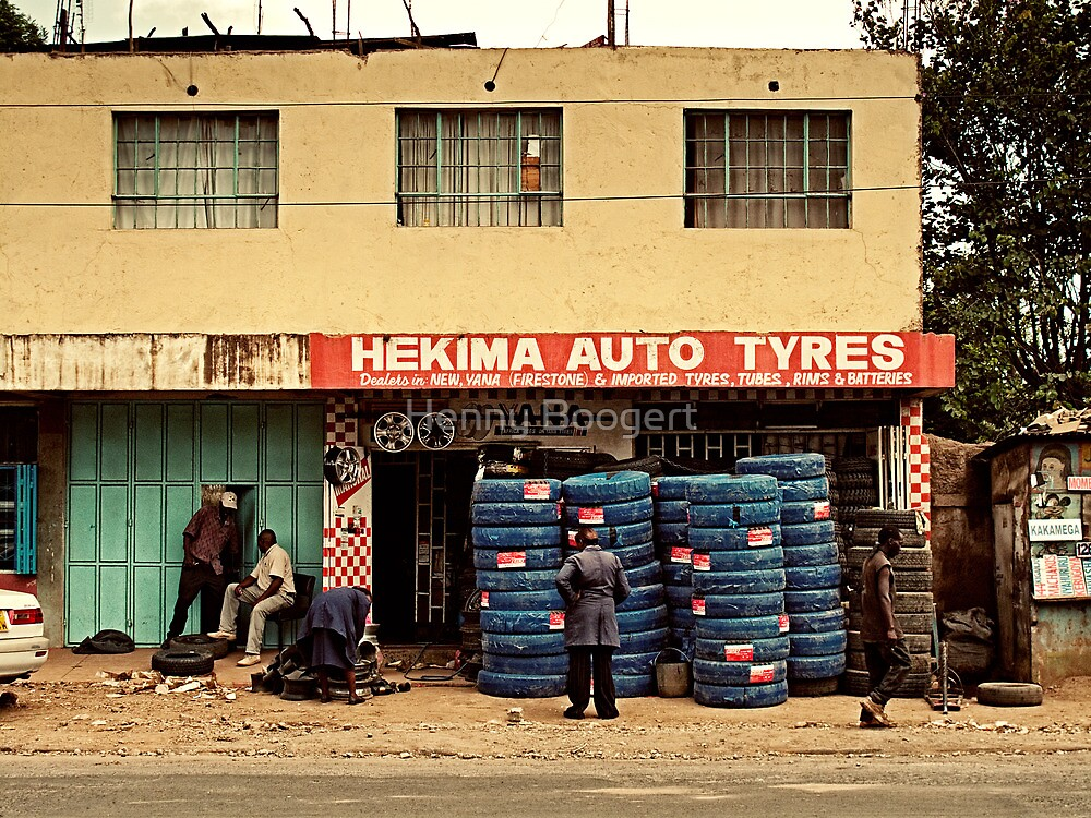 Tire center by Henny Boogert