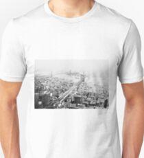 Camiseta unisex Vintage Brooklyn and Manhattan Bridge Photograph