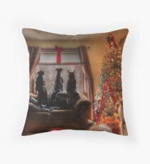 Watching for Santa Throw Pillow