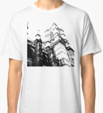 flying buttress Classic T-Shirt