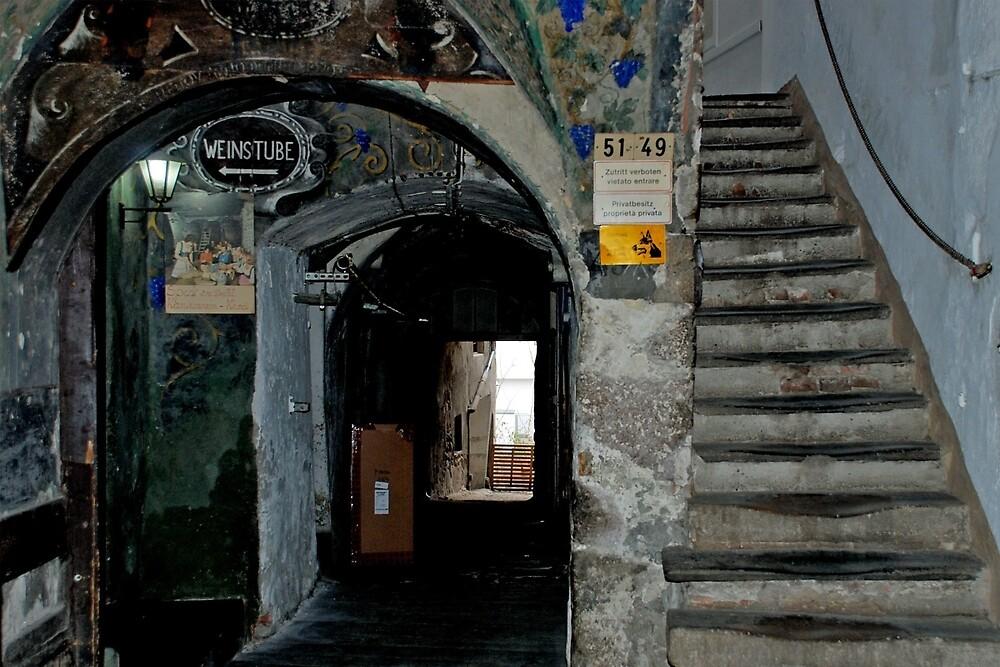 1 Entrance, 3 destinations by Arie Koene