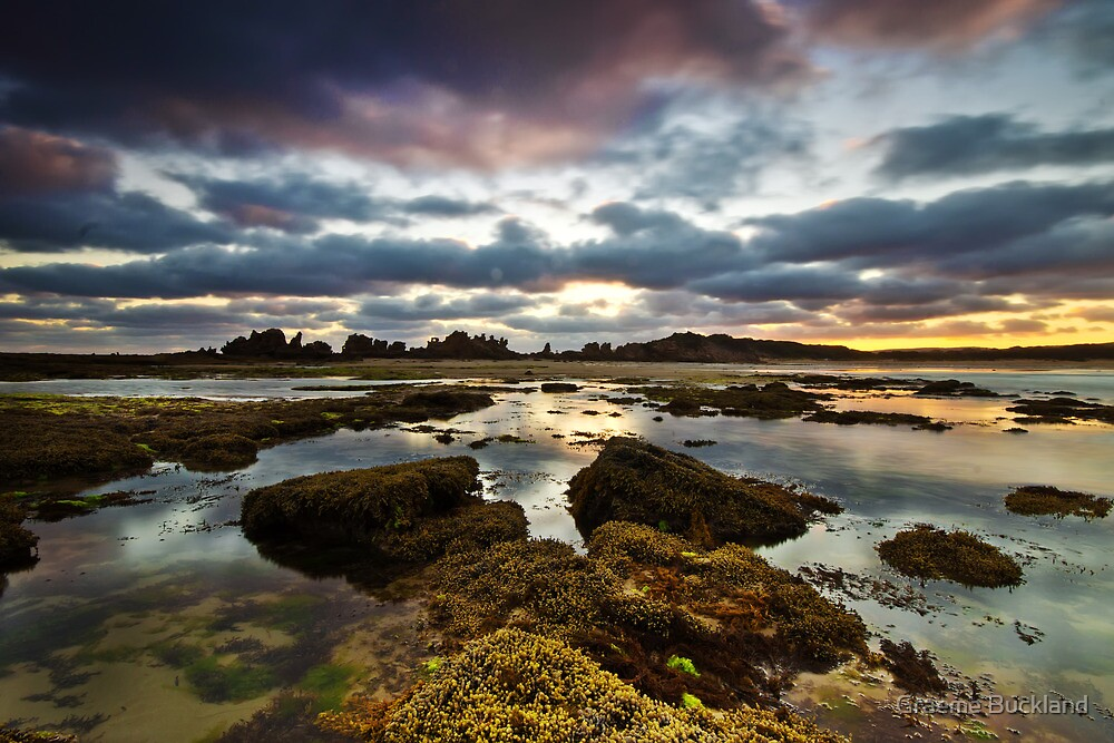 Low Tide - Pt Roadnight by Graeme Buckland