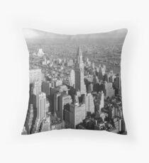 Cojín Vintage Midtown Manhattan Photograph