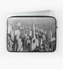 Funda para portátil Vintage Midtown Manhattan Photograph
