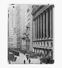 Vintage Wall Street NYC Photograph (1921) iPad Case/Skin