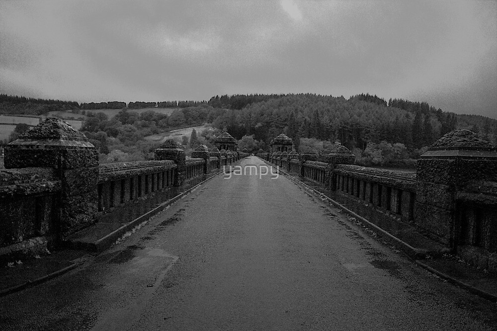 Road to nowhere B&W by yampy