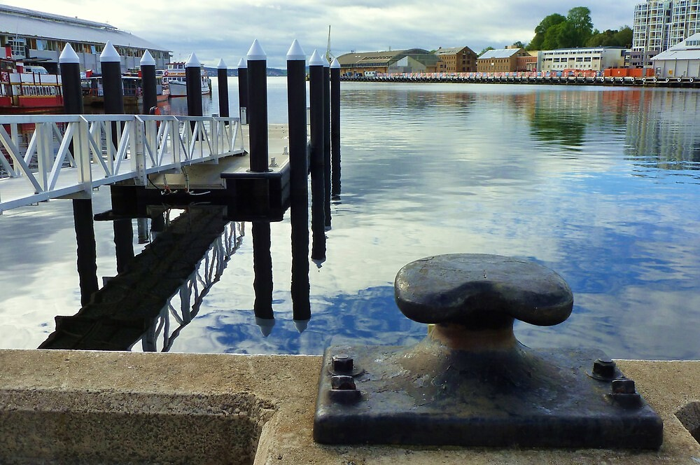 Hobart Waterfront Reflections and Bollard by cschurch