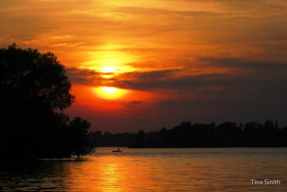 Smokey Sunset by tina smith