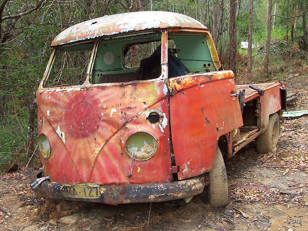 Red Splitty Rusting by Bami