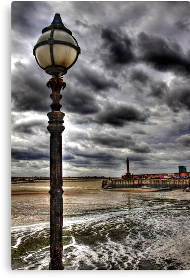 Margate Harbour by timpr