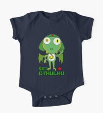 Sergeant Cthulhu (English version) One Piece - Short Sleeve