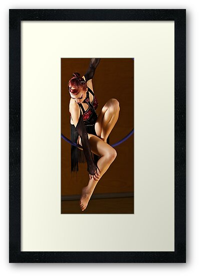 Jo Glover's act 'Dracula' by Dancing in the Air ®