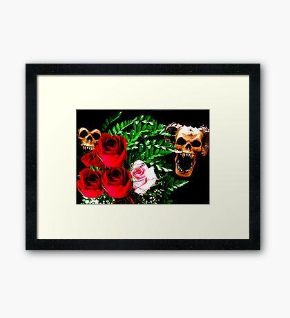 Skull N' Roses Framed Print