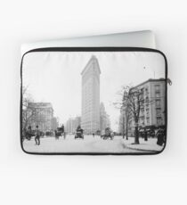 Funda para portátil Vintage Photograph of The NYC Flat Iron Building