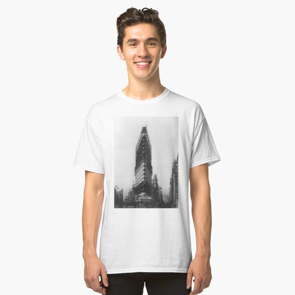Old NYC Flat Iron Building Construction Photograph Camiseta clásica