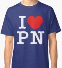 I Love Panem (for dark tee's) Classic T-Shirt