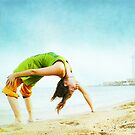 Full wheel with one hand in the beach by Wari Om  Yoga Photography