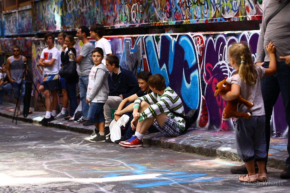 Graffiti 'gallery' by Ell-on-Wheels