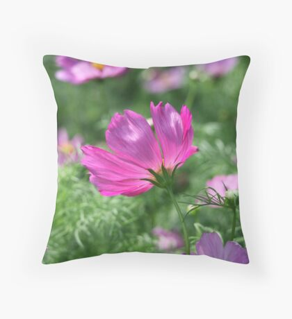 Flower 7142 Throw Pillow