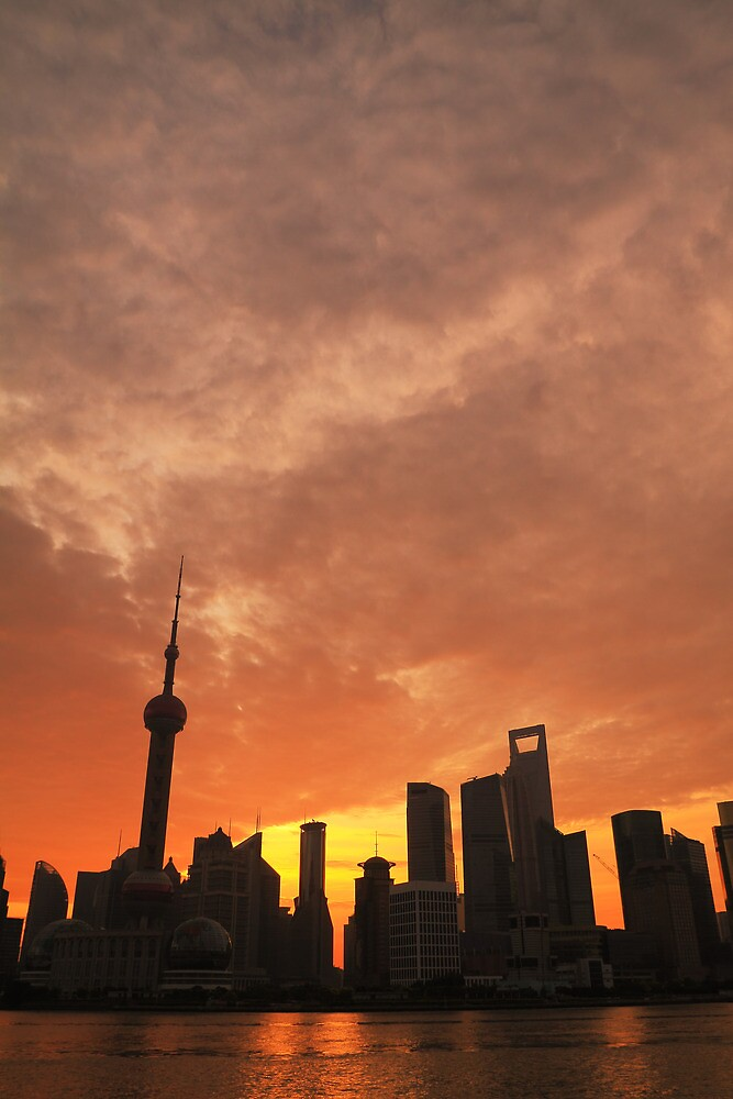 Shanghai Dawn by ArtPhotographer