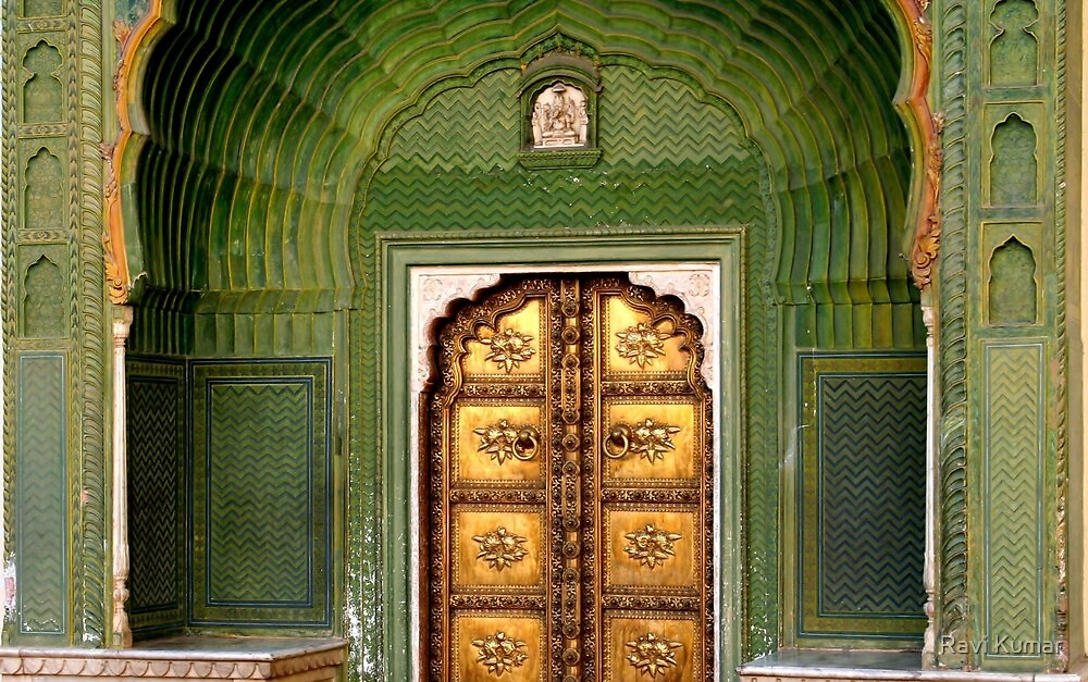 Royal Brass door in Jaipur by Ravi Kumar
