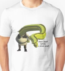 Shrek Yourself Before You Wreck Yourself Shirt Unisex T-Shirt