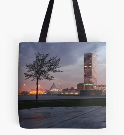 Milwaukee Night Cityscape Tote Bag
