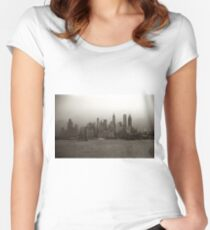 Camiseta entallada de cuello redondo Vintage New York City Skyline Photograph (1941)
