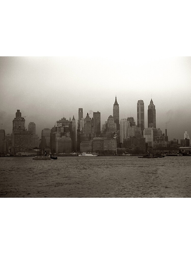 Vintage New York City Skyline Photograph (1941) de BravuraMedia