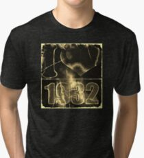 I love 1932 - Vintage lightning and fire T-Shirt Tri-blend T-Shirt