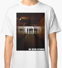 tunnel tee Classic T-Shirt