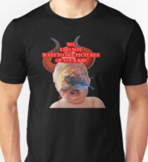 Facebook Moms (II) Unisex T-Shirt