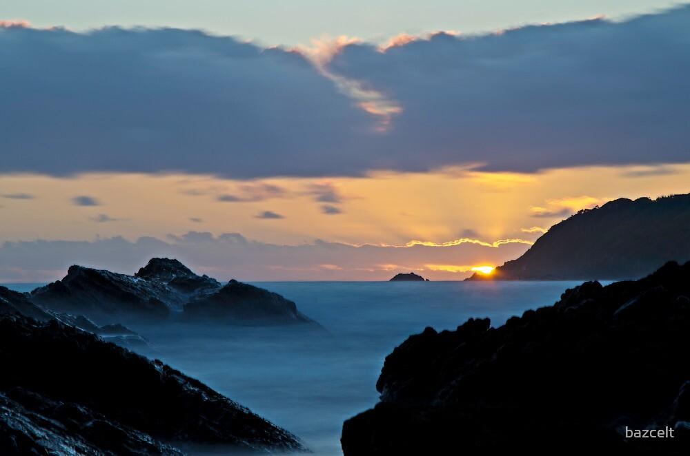 Burgess Beach Sunrise by bazcelt