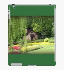 Lovely English Style Cottage In Orlando Florida iPad Case/Skin