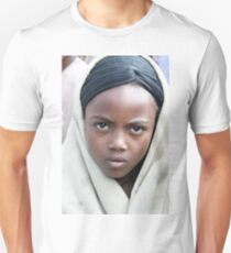 Africa, Ethiopia, Lalibela, portrait of a young local girl  T-Shirt